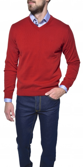 Red cotton v - neck