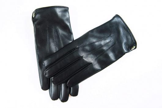 Čierne kožené rukavice