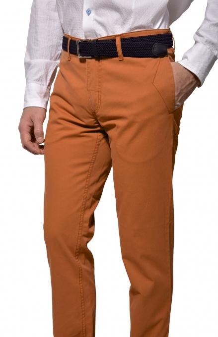 Oranžové chinos