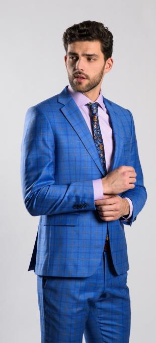Bledomodrý vlnený oblek